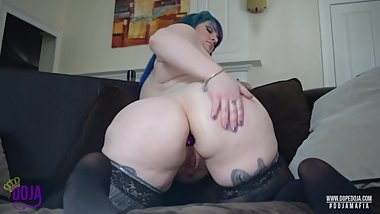 Fat Ass BBW Plays with Buttplug and Cums Hard