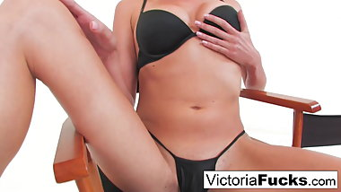 Tall sexy blond Victoria White plays with her tight wet
