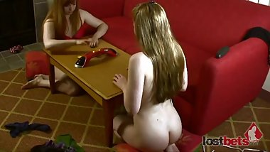 121-Strip-Noname-with-Sammy-and-Julie-HD