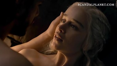 Emilia Clarke Nude Sex Scene In 'Game of Thrones' On ScandalPlanetCom