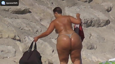Mega butt on the beach little bikini