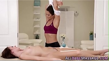 Teen masseuse tonguing