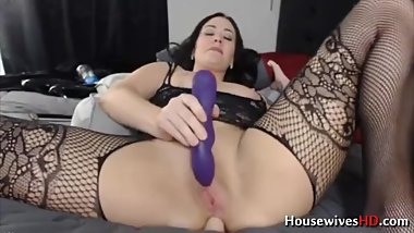 use toys to make myself cum and satisfy