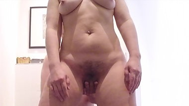 Fingering wet hairy big mouth