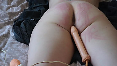 ARSE AND PUSSY STRETCHED